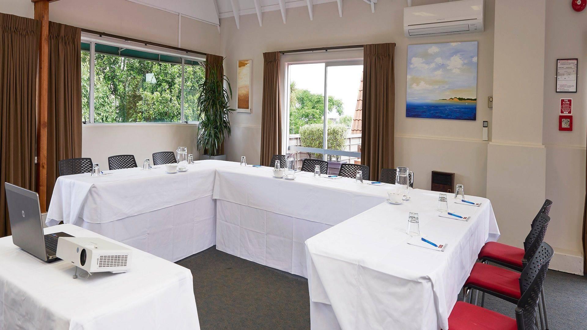 Auckland Rose Park Hotel Rose Room