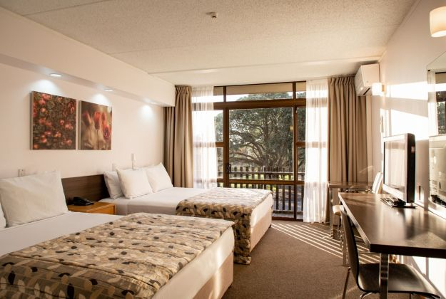 Auckland Rose Park Hotel Rooms