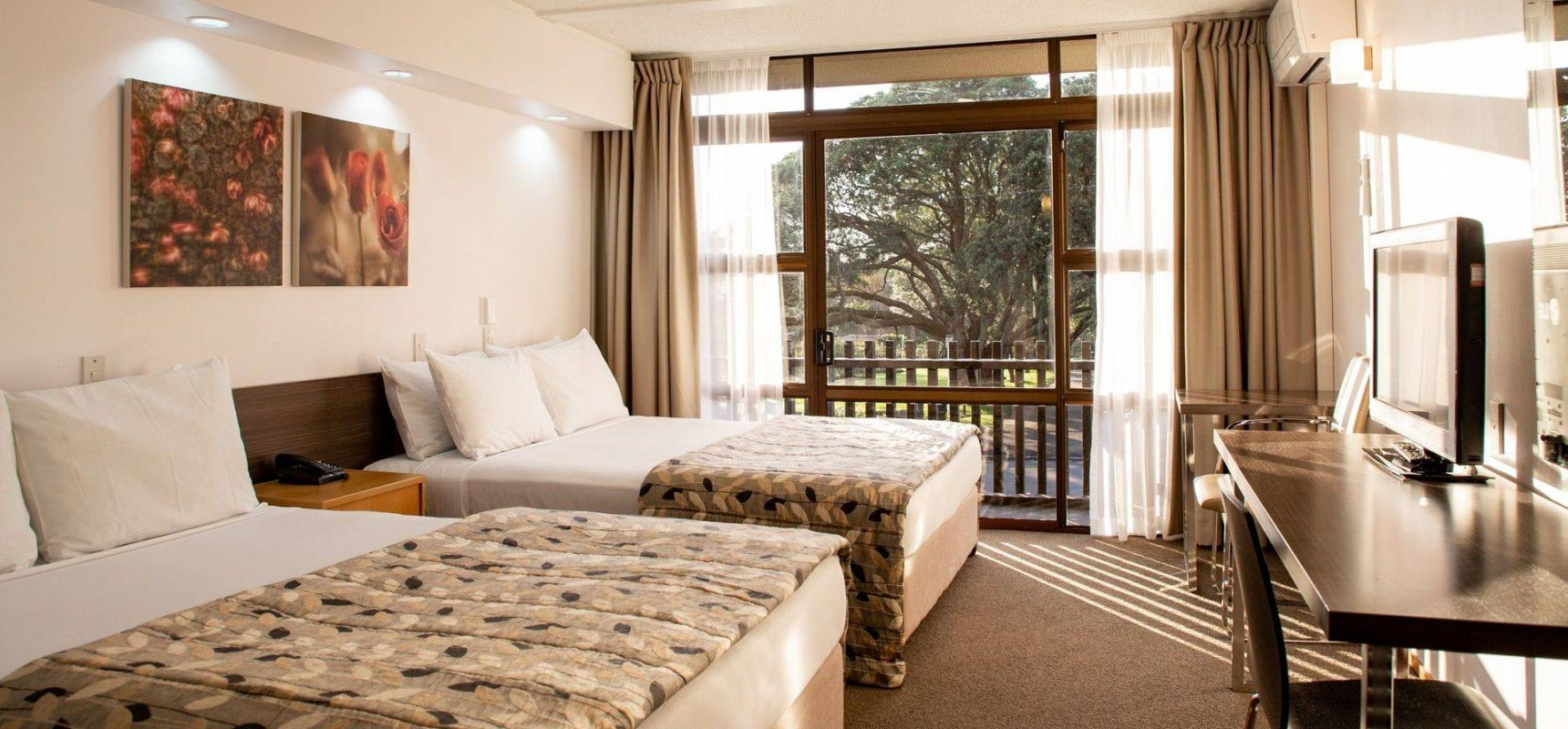 Superior Twin Queen Room With Balcony